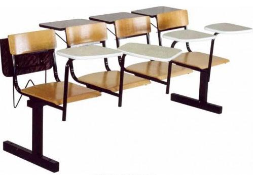 Секция стульев М113-06/07 на металлической раме 3-х/4-х местная с жесткими фанерными сиденьями со столиками или без них.