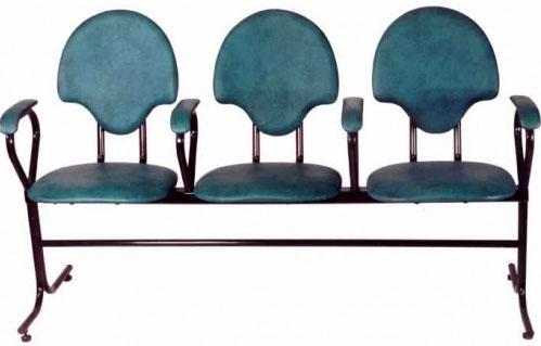 Секция стульев М115 на металлической раме 3-х местная с мягкими сиденьями