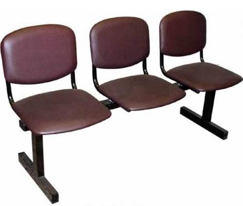 Секция стульев М118 на металлической раме 3-х местная с мягкими сиденьями.