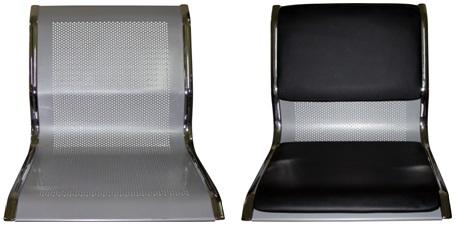 Металлические перфорированные сиденья у этих секций могут комплектоваться мягкими накладками, которые не сложно установить – сидеть будет более комфортно.