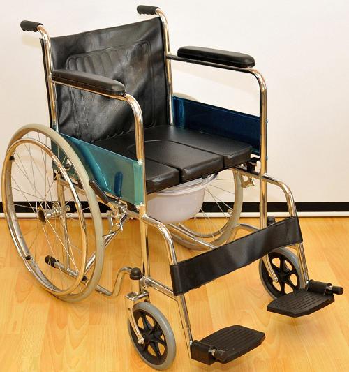 Инвалидная коляска - кресло FS681