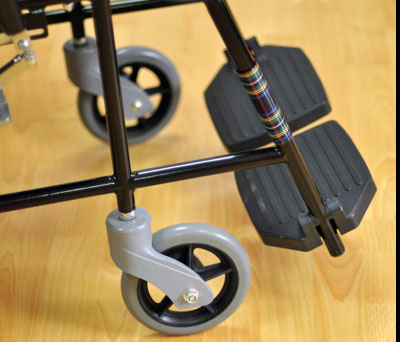 Инвалидная коляска - кресло кресло FS809В со стальной рамой