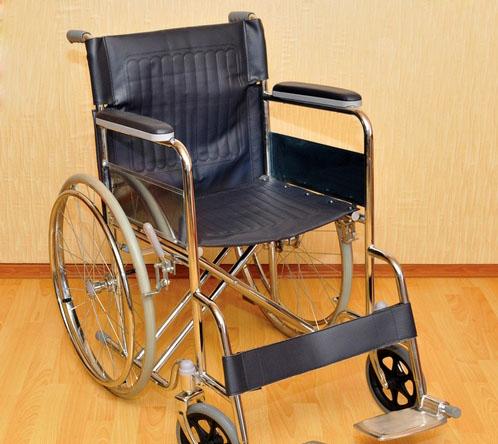 Инвалидная коляска - кресло FS874