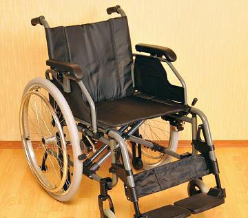 Инвалидная коляска - кресло FS957LQ