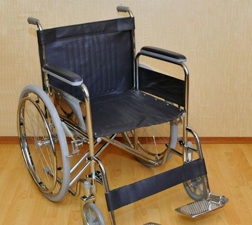 Инвалидная коляска - кресло FS975