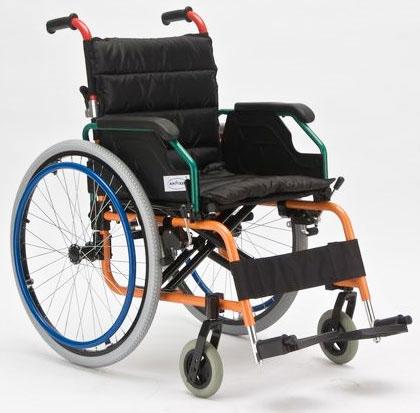 Инвалидная коляска - кресло FS980LA