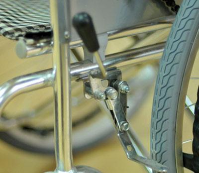 Инвалидная коляска - кресло кресло LK6021 алюминиевая конструкция с ручным велоприводом