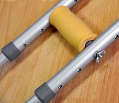 Костыли подмышечные алюминиевые универсальные LK 3010B с анатомическим подмышечником